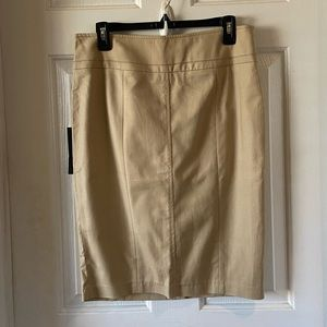 Willi Smith Tan Pencil Skirt Size Size 4 NWT